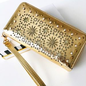 UNDER ONE SKY | Gold Pearl & Studded Wallet